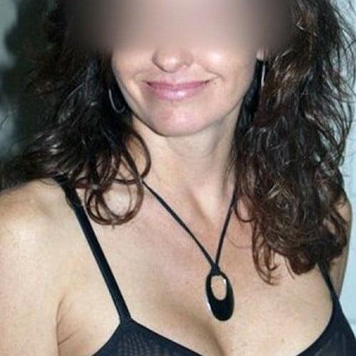 Amanda, femme mariée du 94 cherche un moment sexy tout en secret