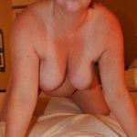 Brune plantureuse et coquine pour webcam hot et rencontre
