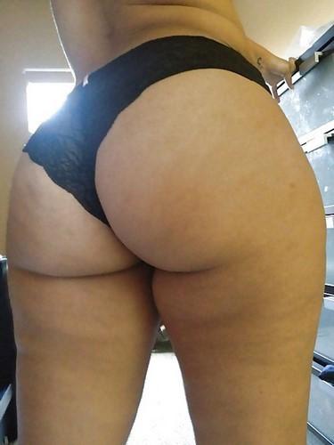 Webcam sexe avec une meuf adepte des plaisirs solitaires