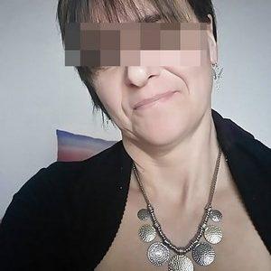 Femme mure cherche rencontre d'un soir sur Paris