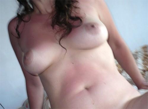 JF 24 ans pour hommes expérimentés dans le plaisir… par les seins