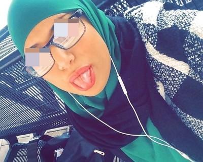 Fatima 18 ans dit OUI pour du sexe anal