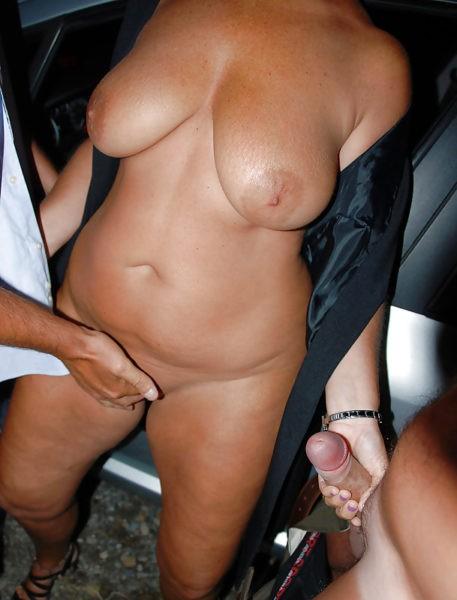 Femme coquine sur Bagneux cherche plusieurs partenaires pour un gangbang