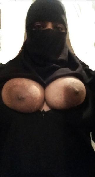 Femme voilée pour rencontre de cul urgent